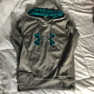 Women's Under Armour Hoodie size small